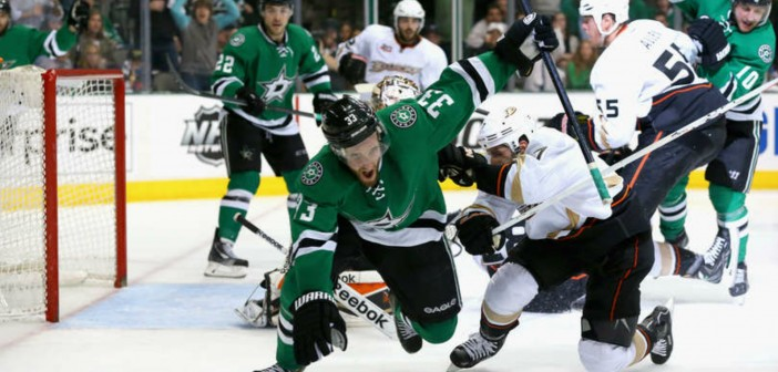 Stars tied with Ducks after offensive explosion