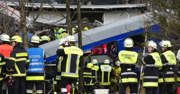 Death toll in German train crash up to 10