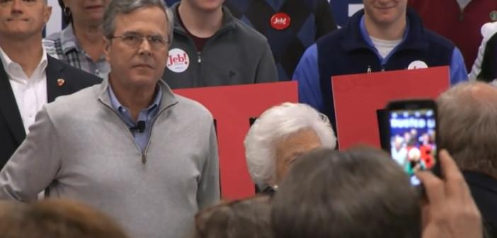 Campaign 2016: Trump steps up campaign, Jeb Bush turns to mom