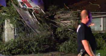 Small plane crashes into home in Indiana, 2 people hurt