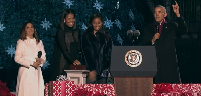 Obamas light National Christmas Tree for final time