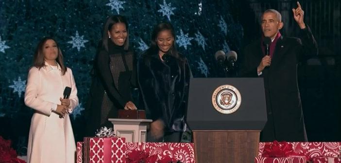 Obamas light National Christmas Tree for final time