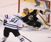 Stars begin road trip with 3-2 victory over Bruins