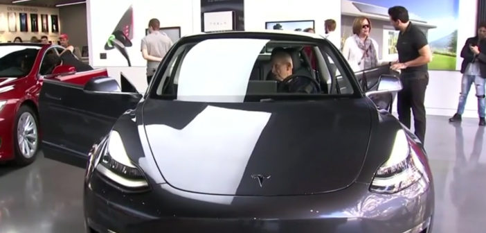 Tesla plans 7 pct staff cut, says road ahead very difficult